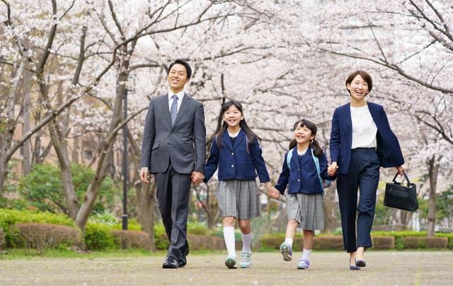 入学式の家族