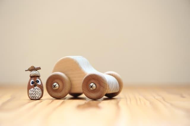 木でできたおもちゃ