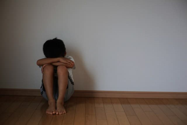 児童する自殺